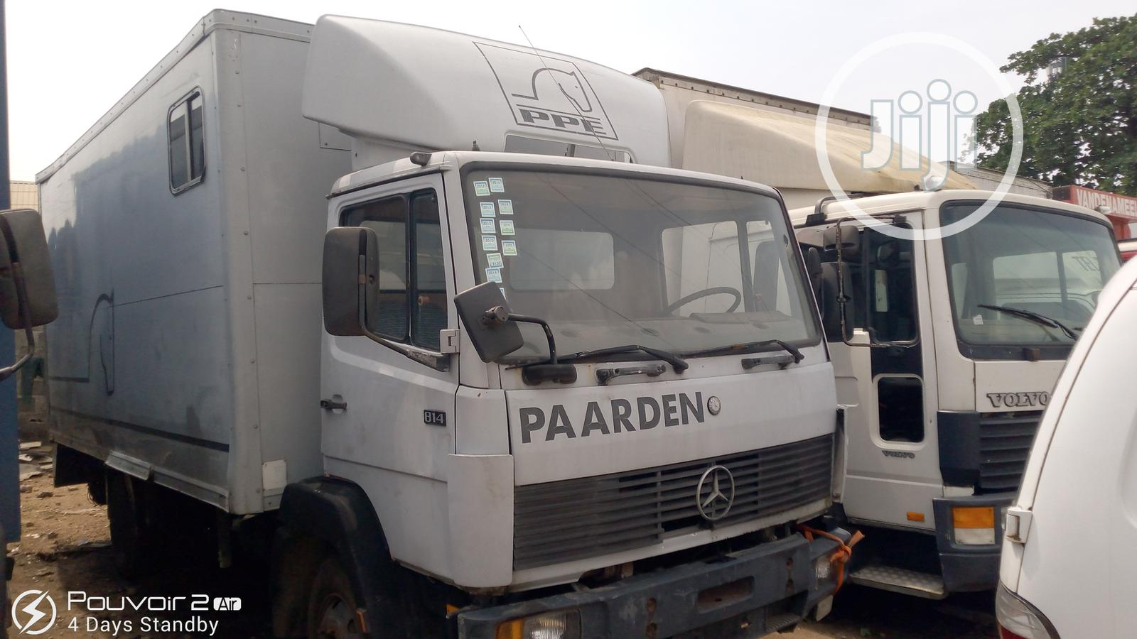 Mercedes-Benz Truck 814