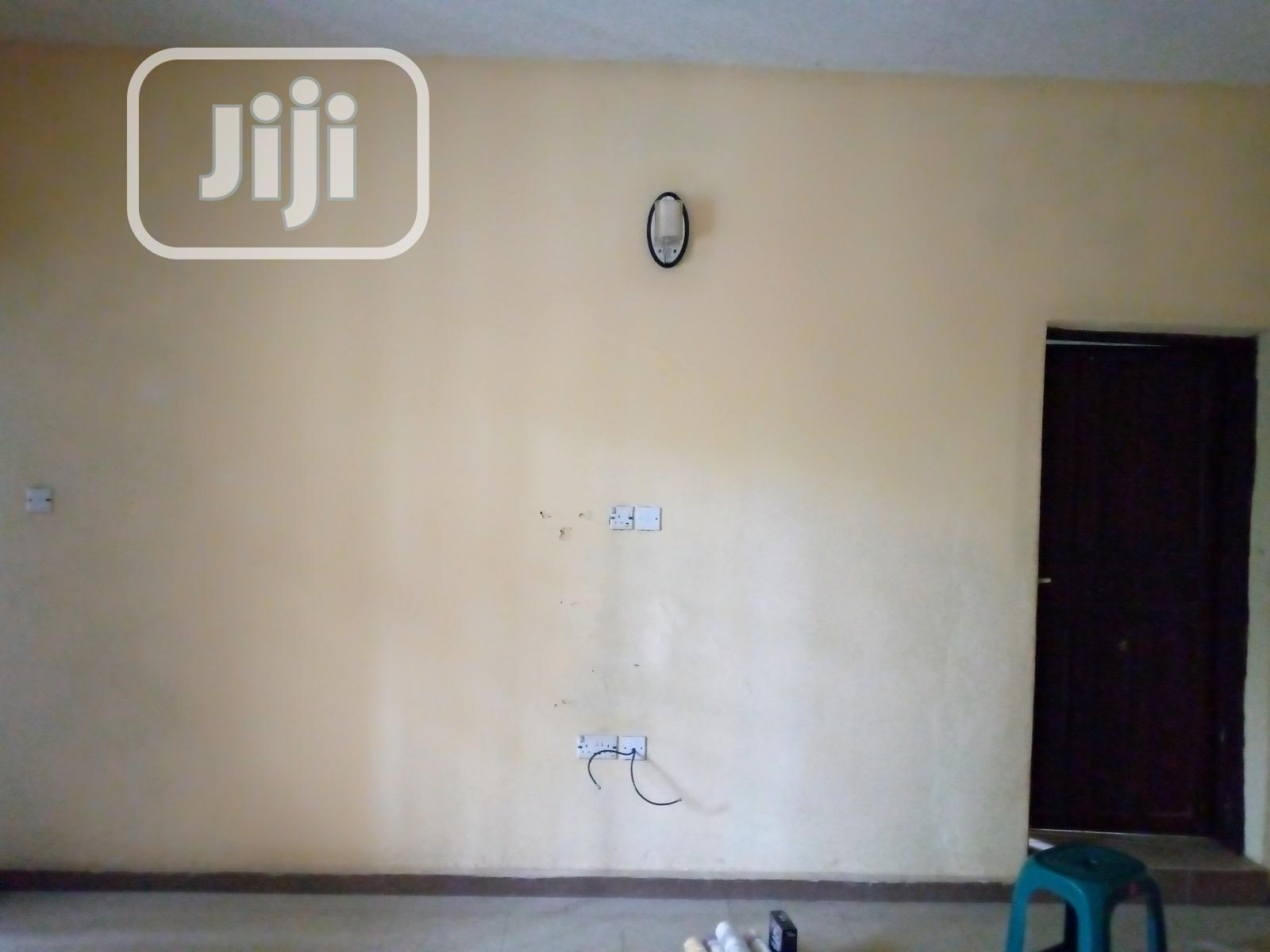 Classy Wallpaper Installation