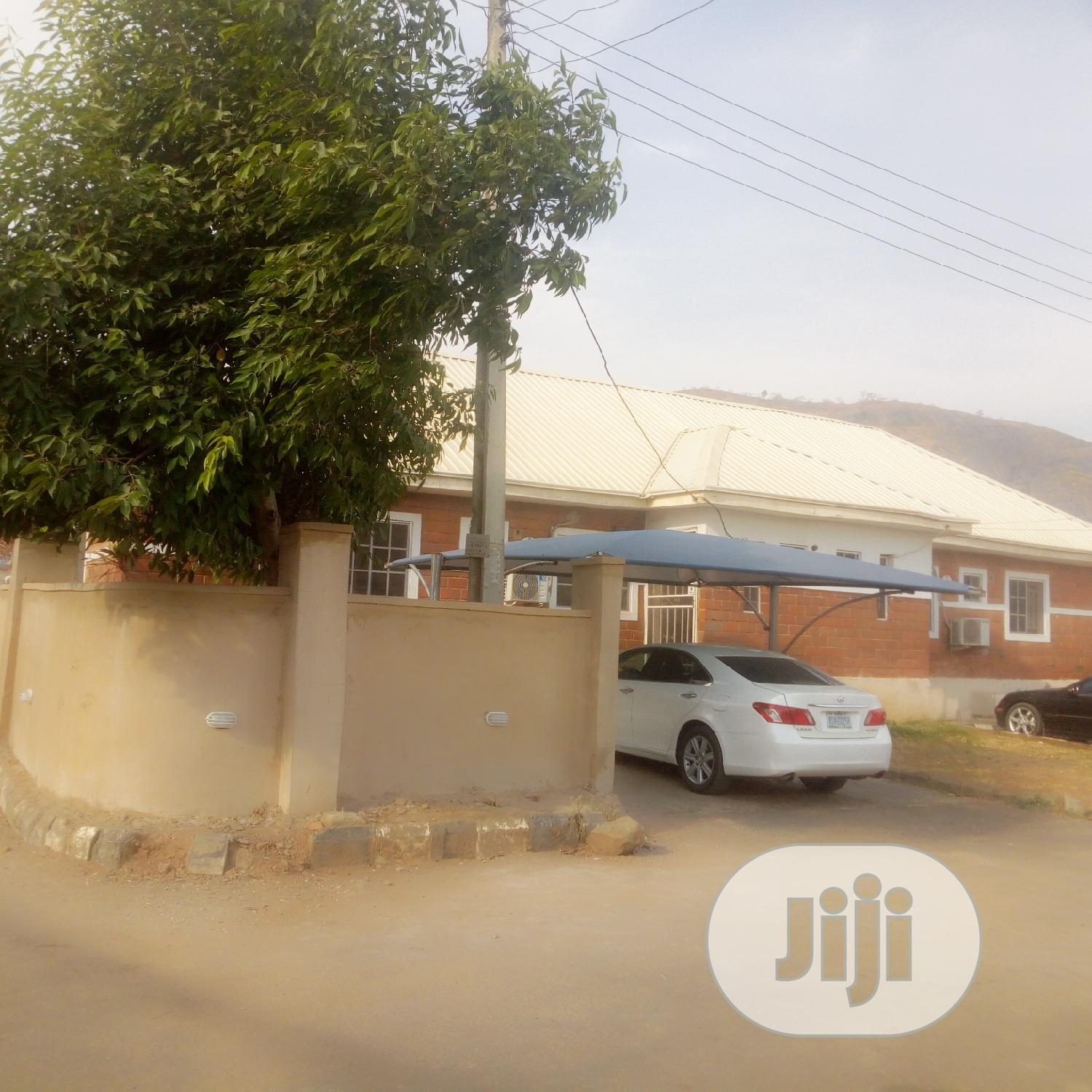 2 Bedroom Bugalow In Self Compound For Sale In An Estate | Houses & Apartments For Sale for sale in Kubwa, Abuja (FCT) State, Nigeria