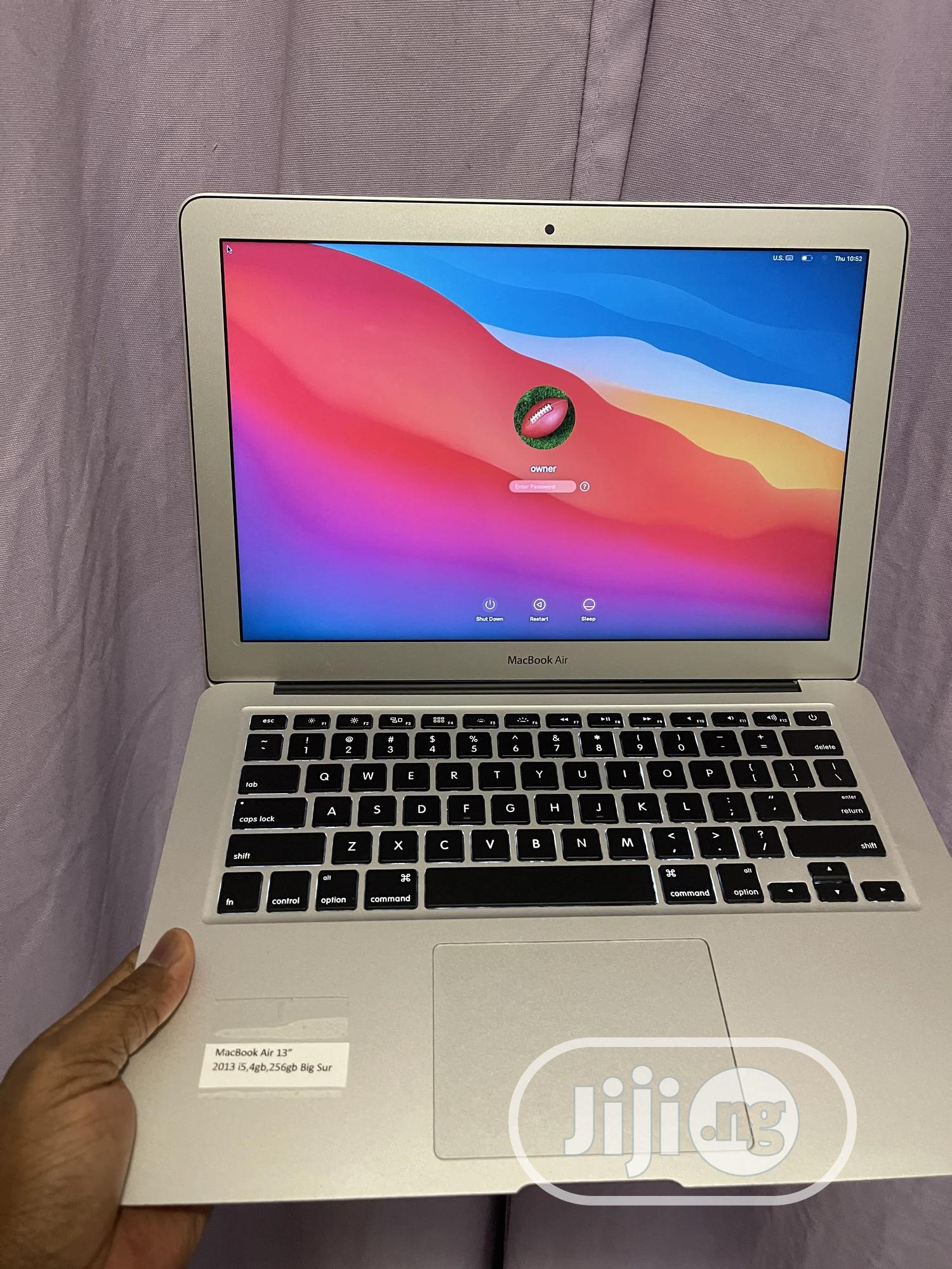 Laptop Apple MacBook Air 2013 8GB Intel Core I7 SSD 256GB | Laptops & Computers for sale in Akinyele, Oyo State, Nigeria