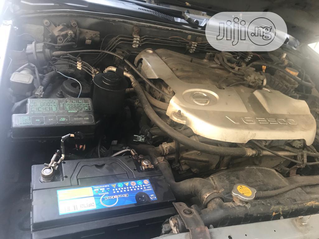 Archive: Nissan Pathfinder 2004 Brown