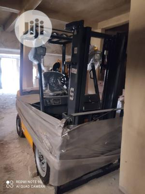 Un 3 Tons Forklift   Heavy Equipment for sale in Lagos State, Surulere