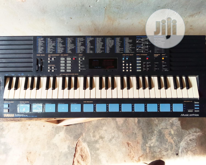 London Use Yamaha PSS 680