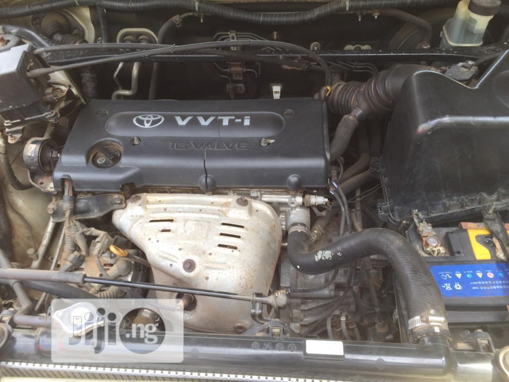 Archive: Toyota Highlander 2002 Silver