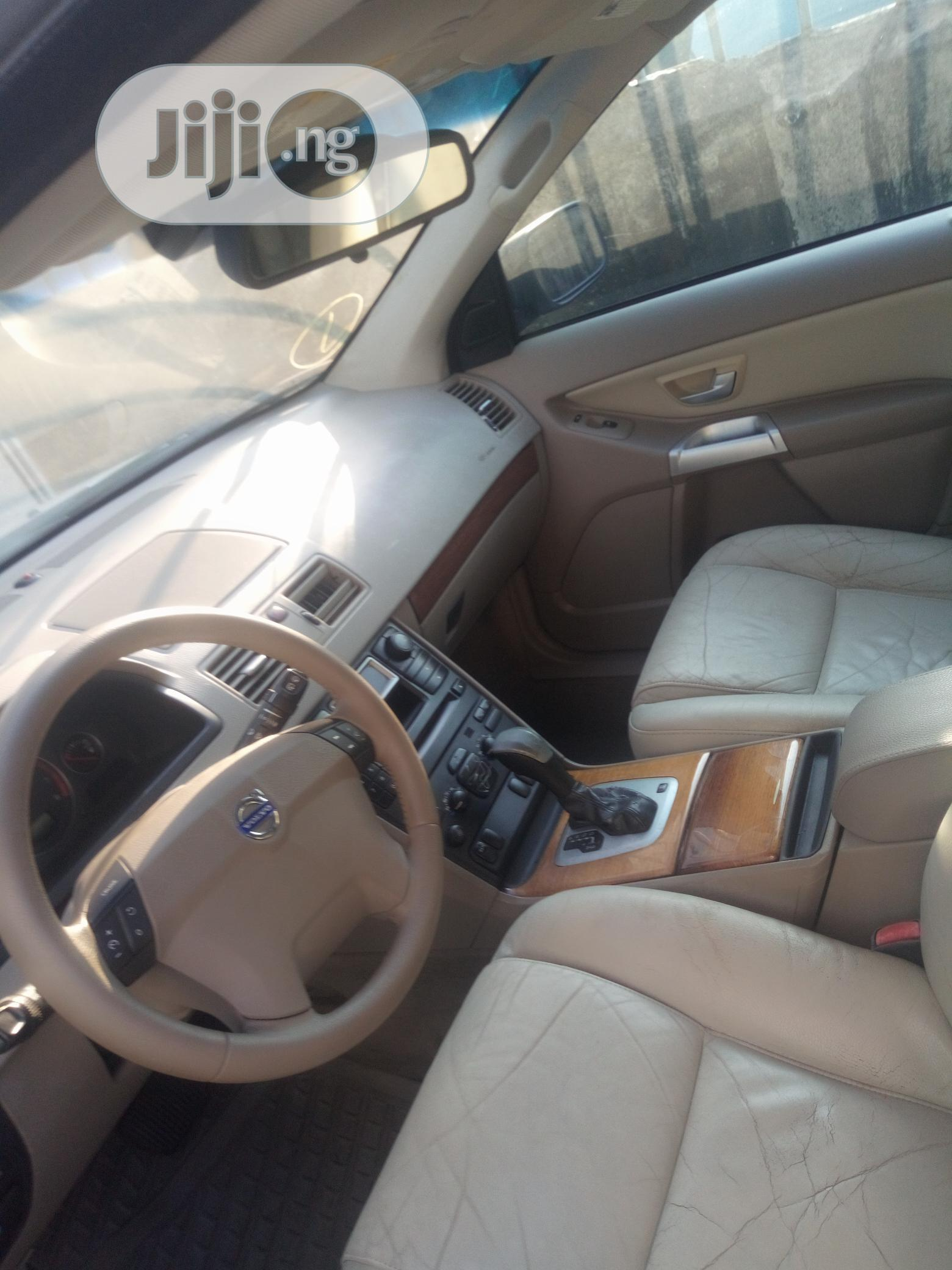 Volvo XC90 2006 2.4 D5 Kinetic Silver   Cars for sale in Ikeja, Lagos State, Nigeria