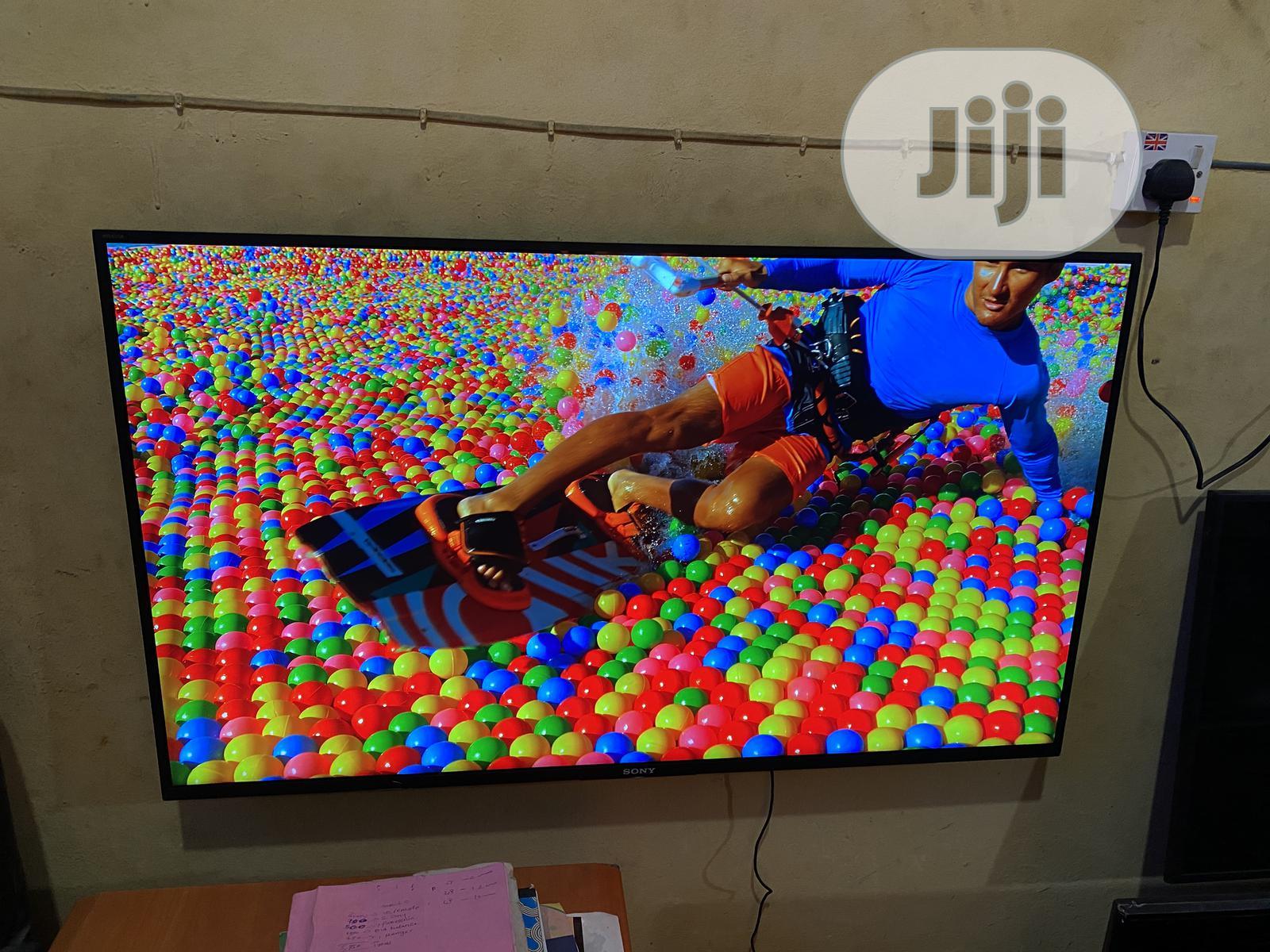 Sony Bravia KD43XH) LED HDR 4K Ultra HD 43lnch