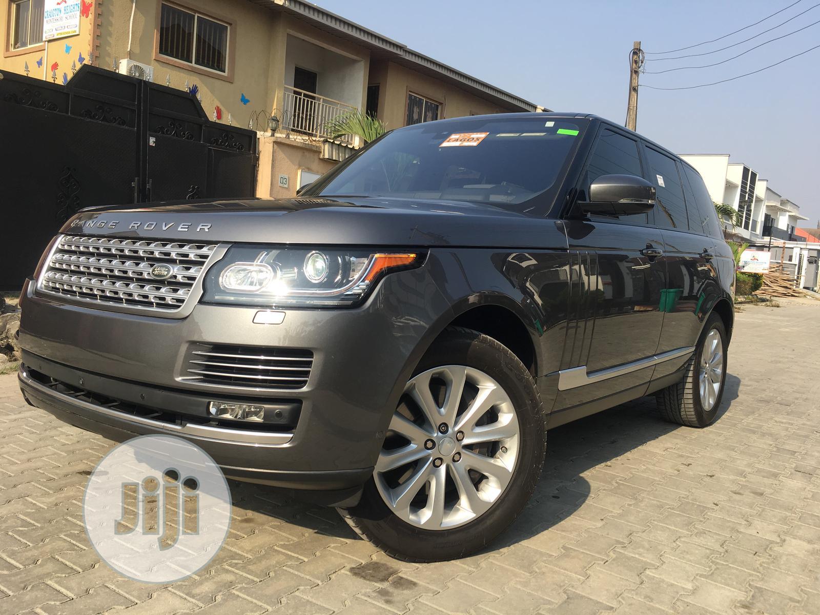 Land Rover Range Rover Vogue 2016 Gray
