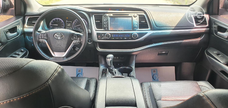 Toyota Highlander 2018 White | Cars for sale in Lekki, Lagos State, Nigeria