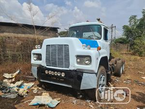 R- Model Mack Tractor Head Double Axle 12 Valves   Heavy Equipment for sale in Anambra State, Awka