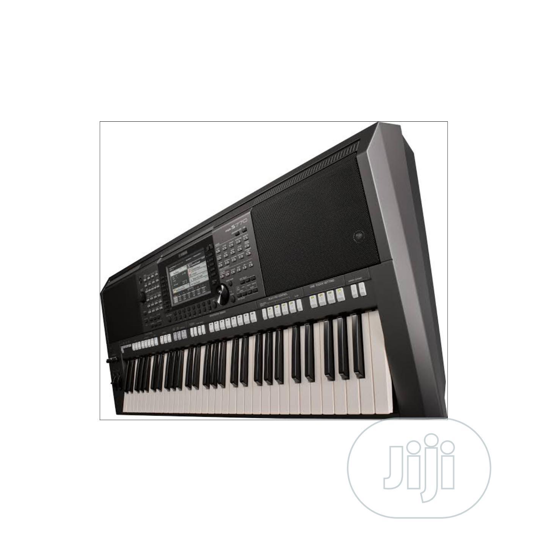 Archive: Yamaha Keyboard Psr-s670