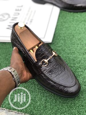 Black Skin Loafers With Gold Chain   Shoes for sale in Lagos State, Lekki