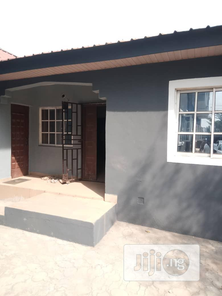 Archive: Executive Neat 2 Bedroom Flat For Rent