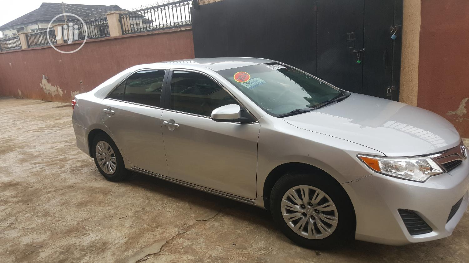 Toyota Camry 2014 Silver | Cars for sale in Ogudu, Lagos State, Nigeria