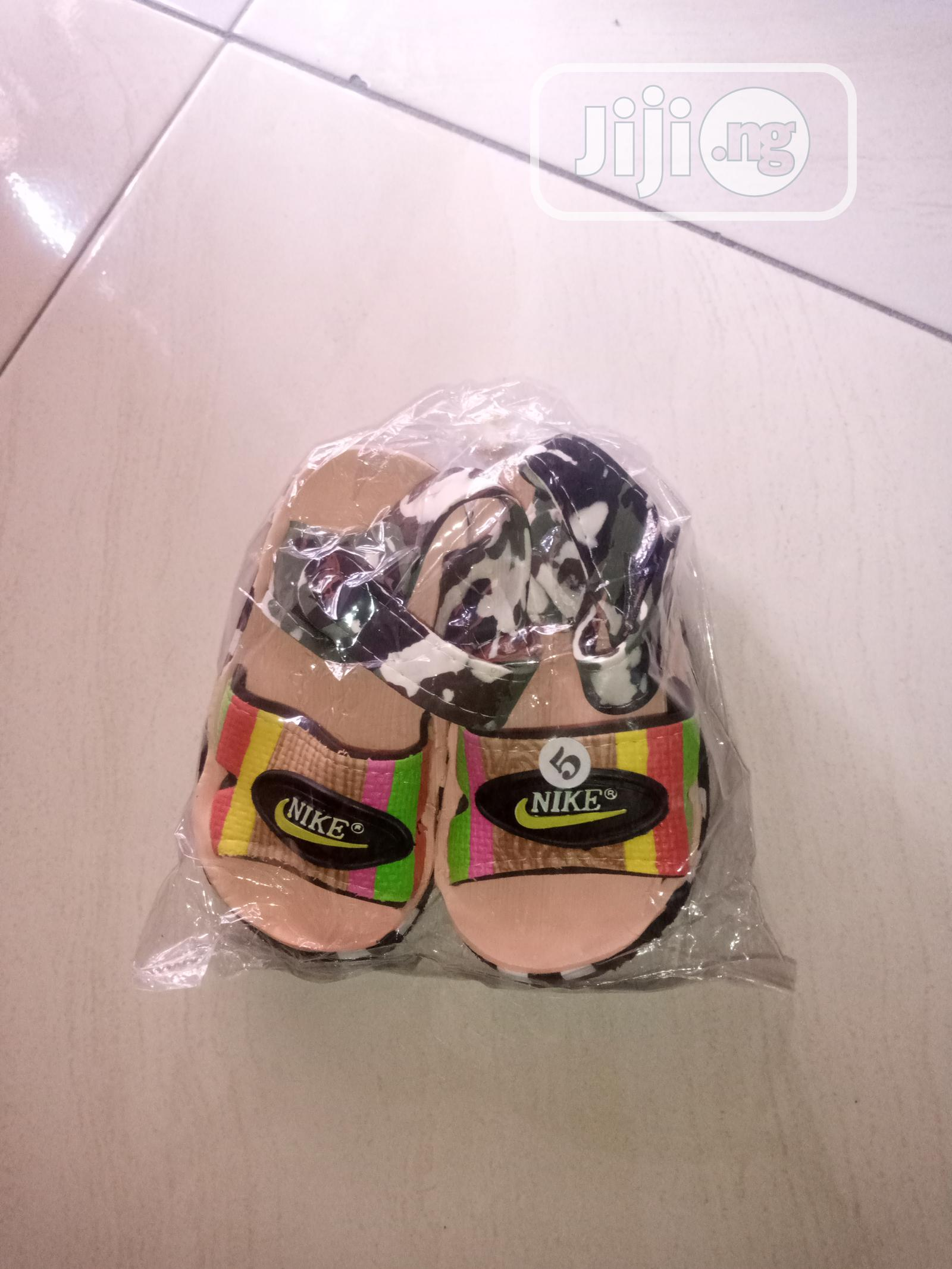 Children's Sandals For Distress Sale. | Children's Shoes for sale in Obio-Akpor, Rivers State, Nigeria