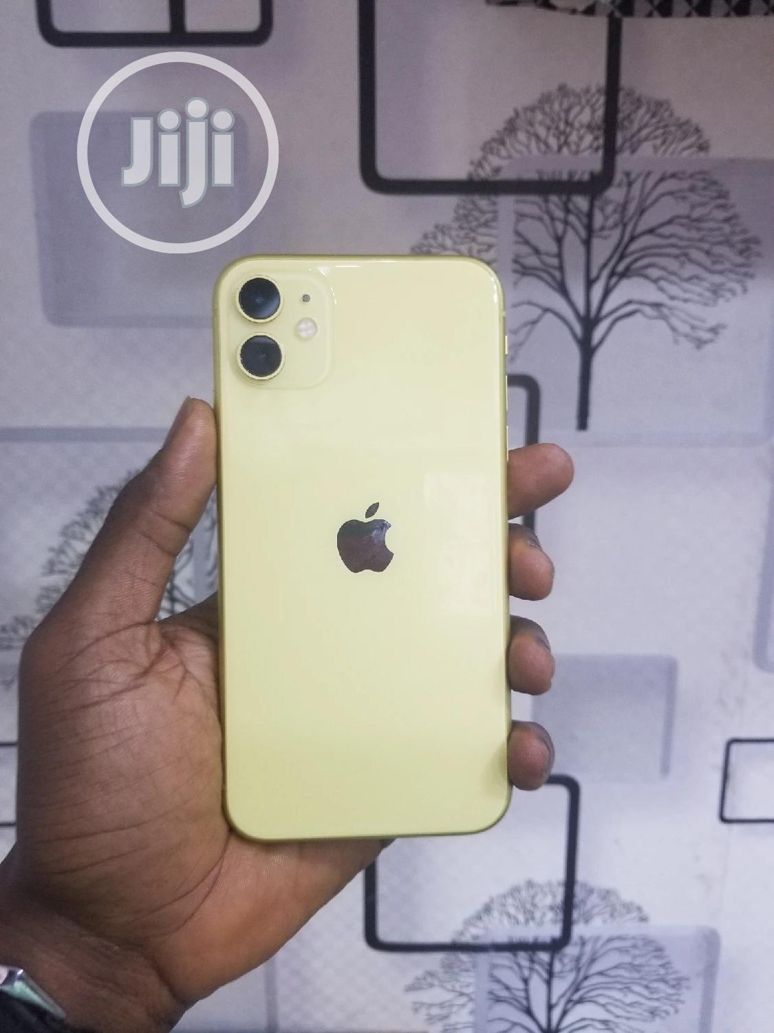 Apple iPhone 11 64 GB Yellow | Mobile Phones for sale in Ikeja, Lagos State, Nigeria