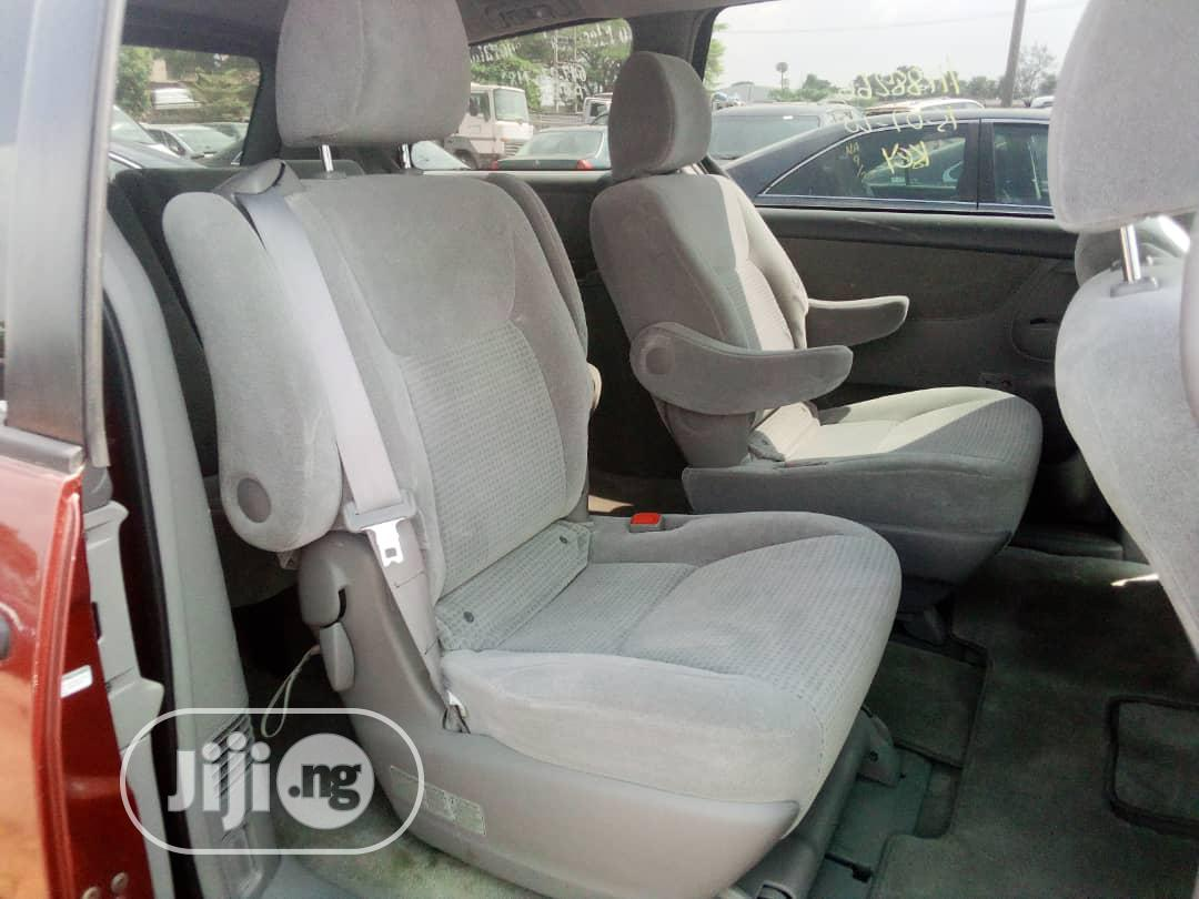 Toyota Sienna 2009 LE Red   Cars for sale in Benin City, Edo State, Nigeria