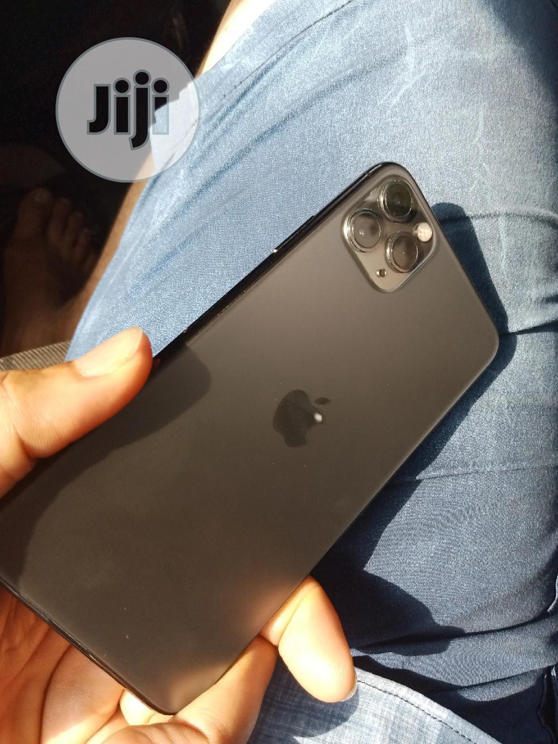 Apple iPhone 11 Pro Max 64 GB Black   Mobile Phones for sale in Port-Harcourt, Rivers State, Nigeria