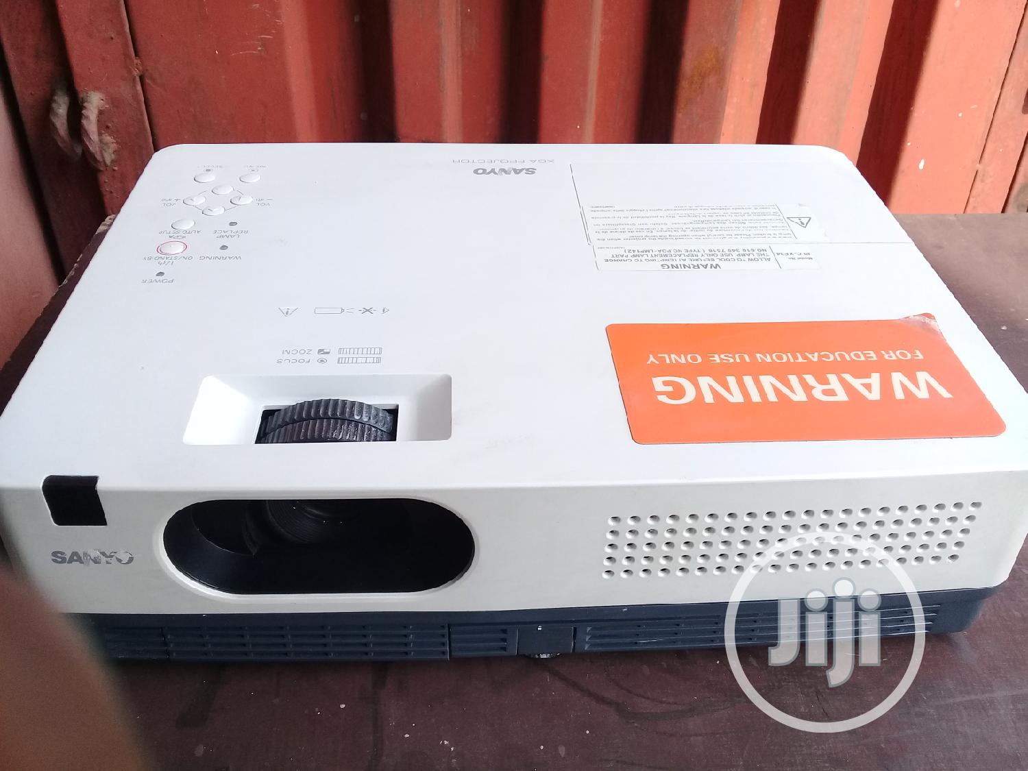 Archive: Good Quality Sanyo Projector