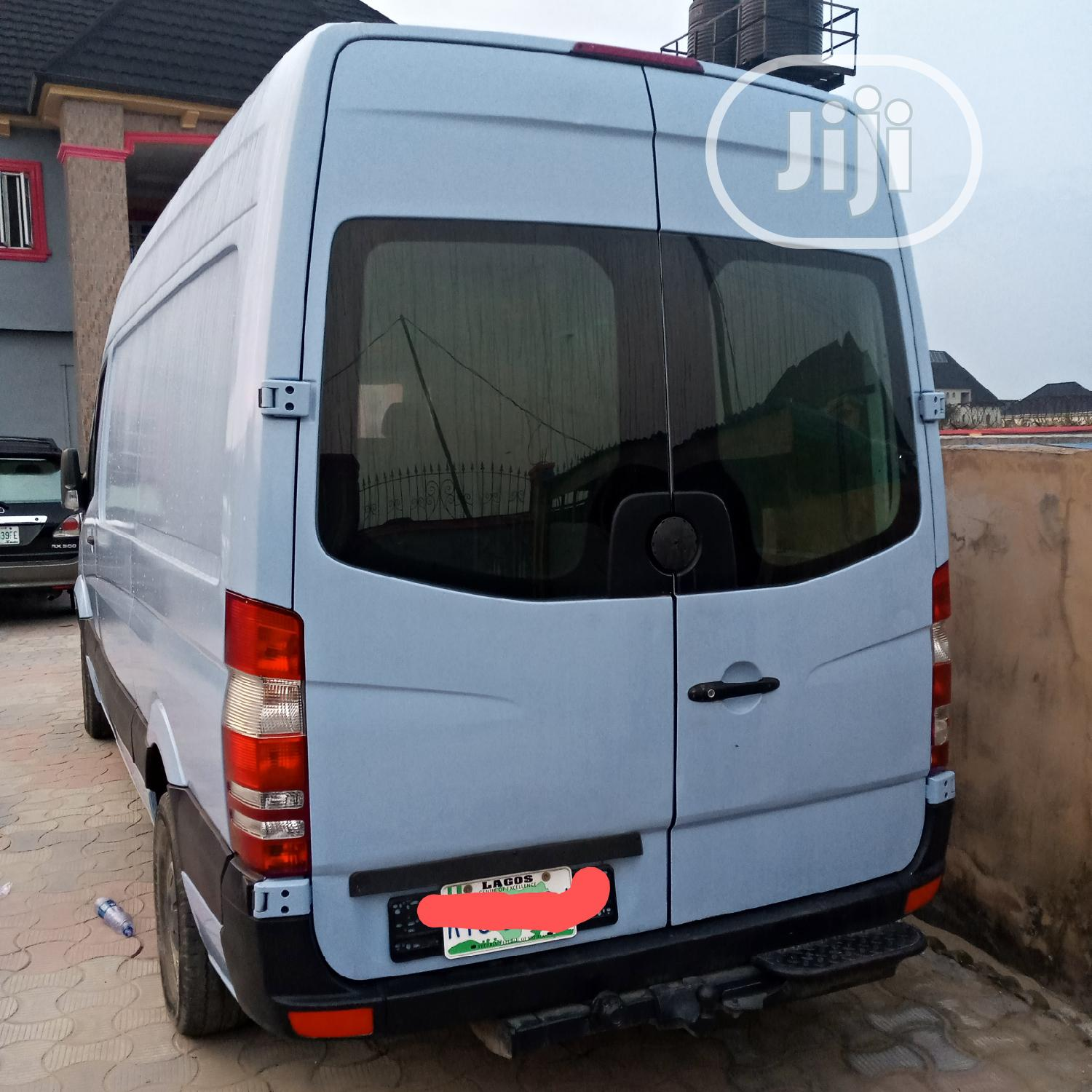 Mercedes Benz Sprinter 2010 Nigerian Used. | Buses & Microbuses for sale in Amuwo-Odofin, Lagos State, Nigeria