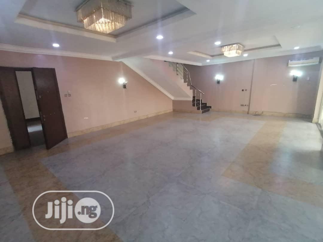 3bedroom Maisonette Apartment in Gaduwa