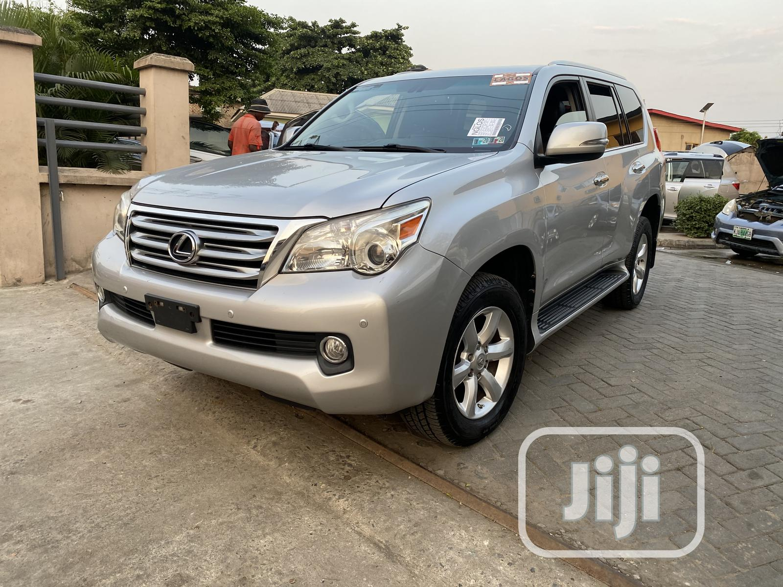 Lexus GX 2010 460 Silver | Cars for sale in Surulere, Lagos State, Nigeria