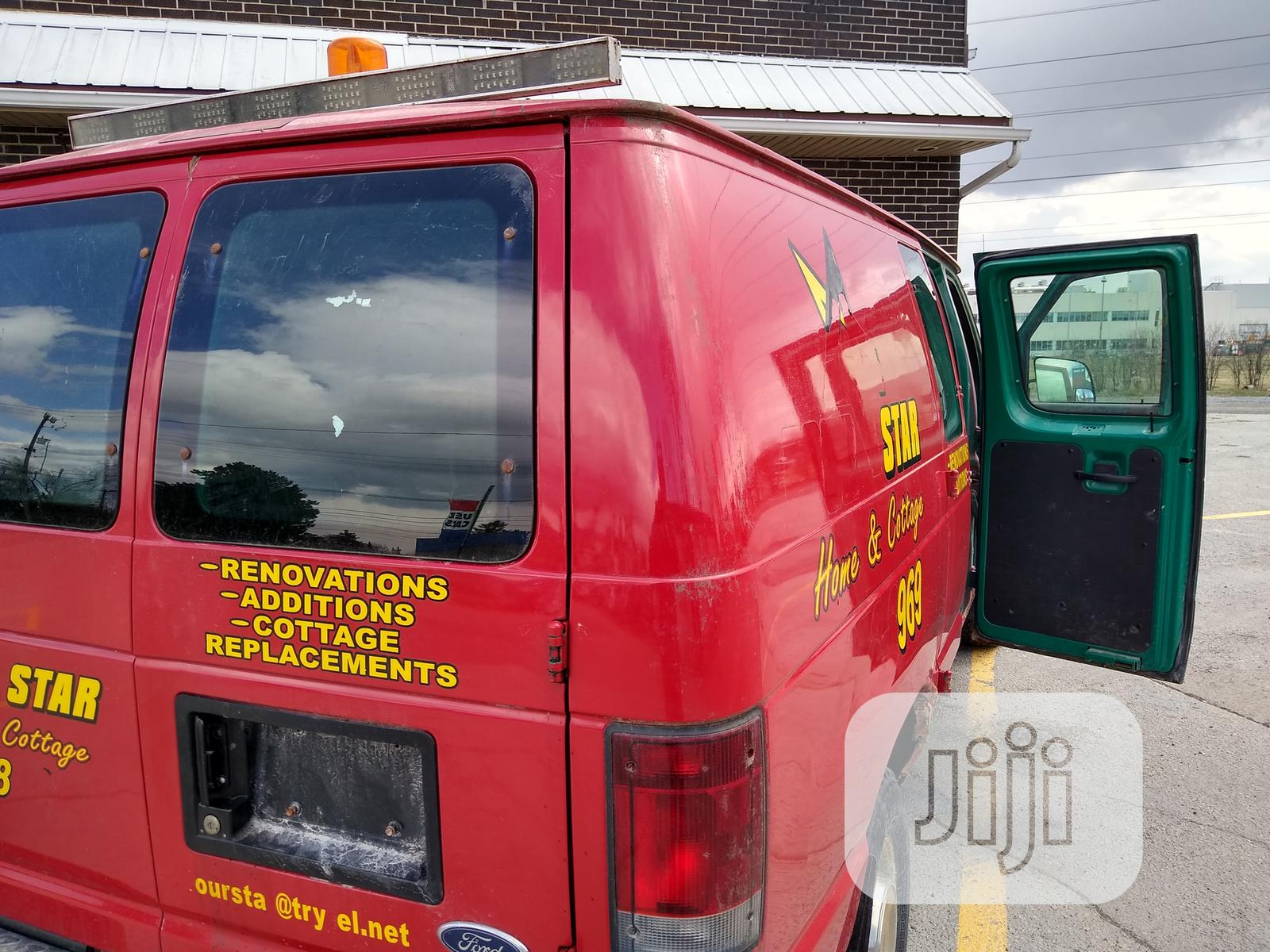 Ford Econoline 2006 Bus - Strong and Long Body | Buses & Microbuses for sale in Ibadan, Oyo State, Nigeria