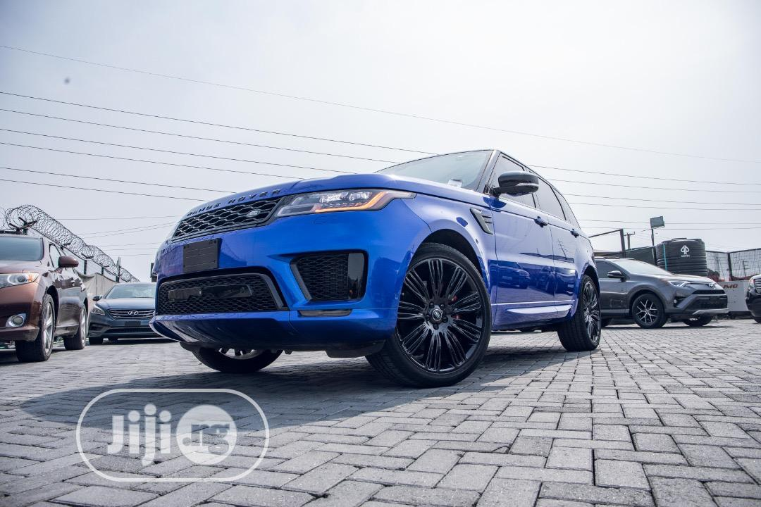 Archive: Land Rover Range Rover Sport 2019 HSE Blue