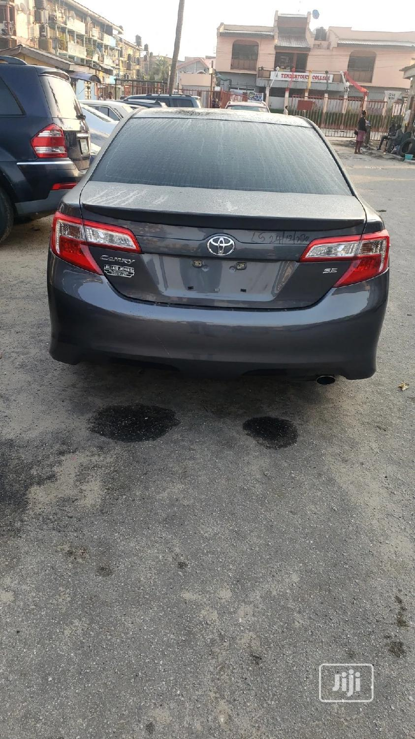 Toyota Camry 2012 Gray | Cars for sale in Amuwo-Odofin, Lagos State, Nigeria
