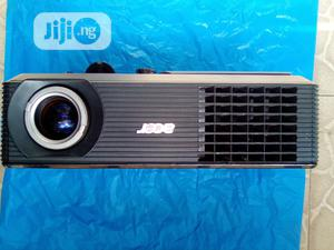 Very Sharp Acer Projector   TV & DVD Equipment for sale in Rivers State, Port-Harcourt