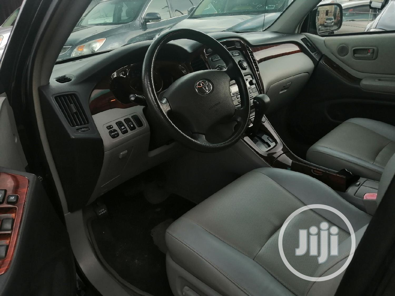 Toyota Highlander 2004 Limited V6 FWD Black | Cars for sale in Port-Harcourt, Rivers State, Nigeria