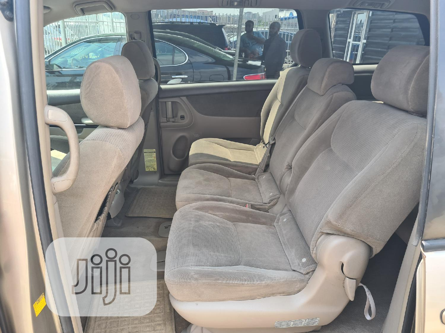 Toyota Sienna 2005 LE AWD Gold   Cars for sale in Ikeja, Lagos State, Nigeria