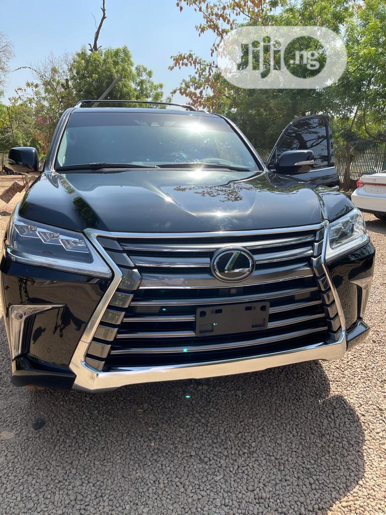 New Lexus LX 2019 570 Three-Row Black