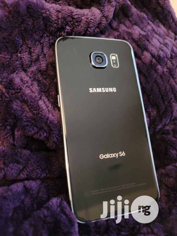 Archive: Samsung Galaxy S6 32 GB Gold