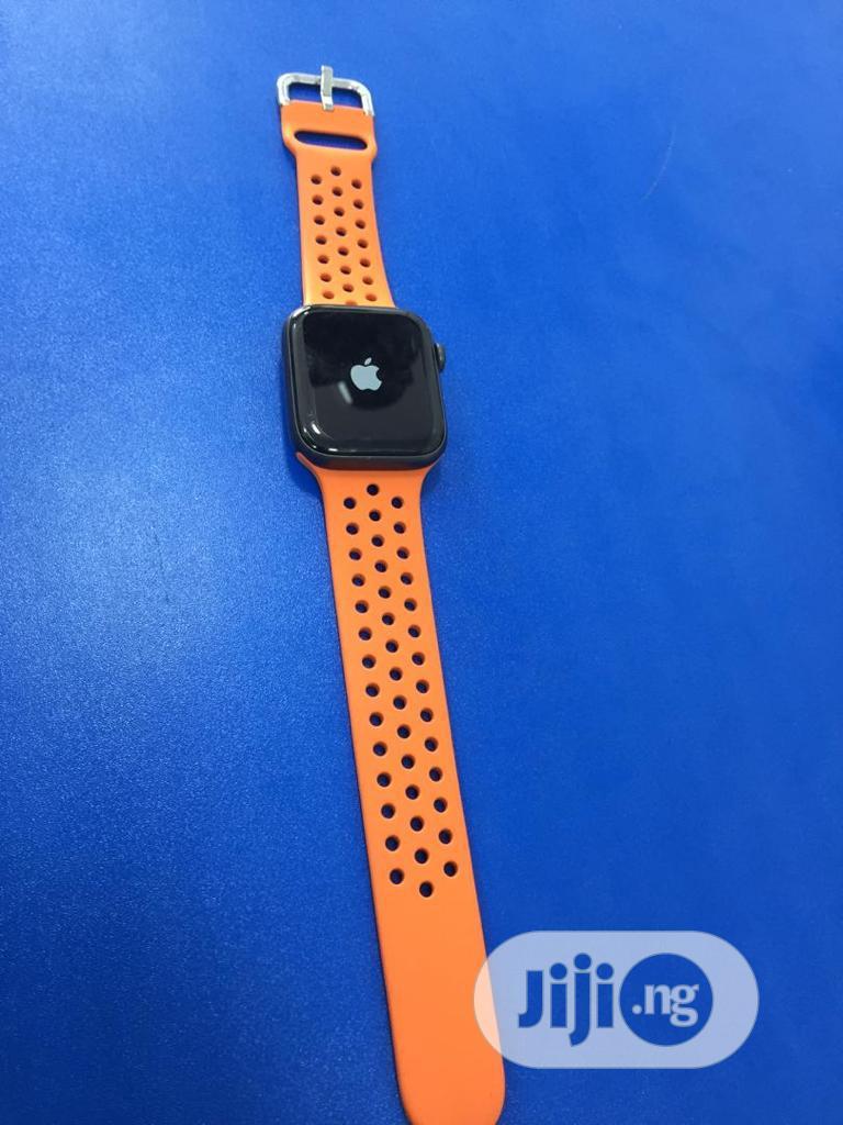 Apple Watch Series 5 44mm Gps & Cellular