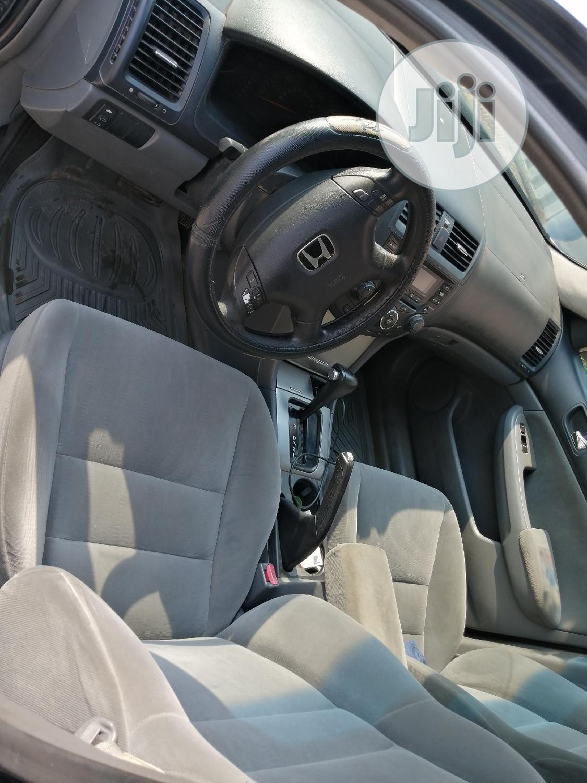 Archive: Honda Accord 2005 2.4 Type S Gray