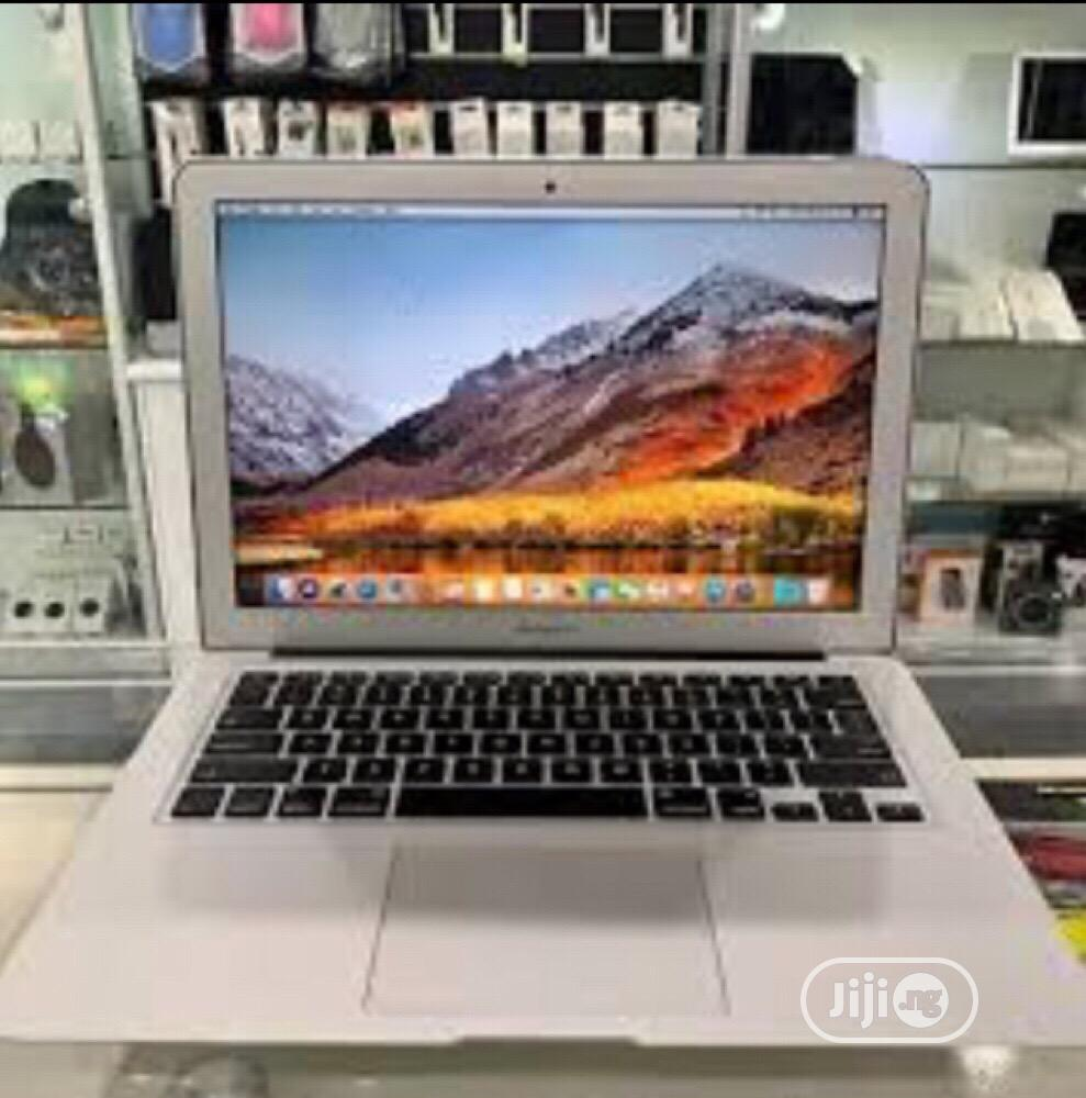 Laptop Apple MacBook Air 8GB Intel Core I7 SSD 256GB