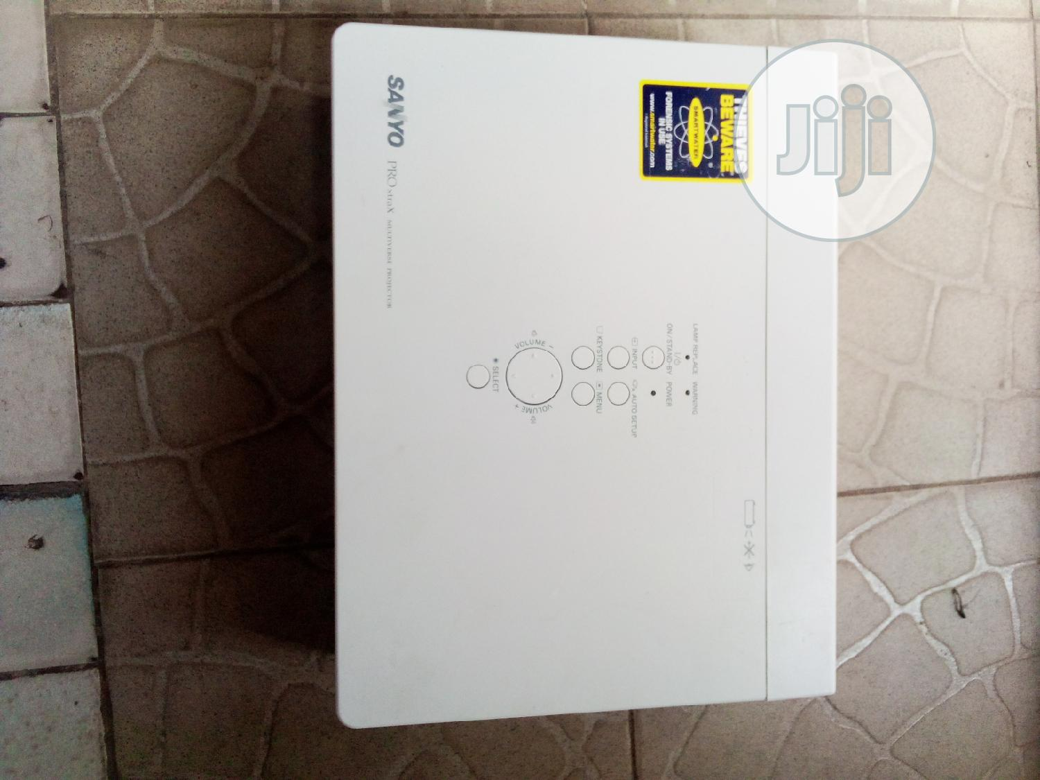 Excellent Sanyo Projector | TV & DVD Equipment for sale in Yola North, Adamawa State, Nigeria