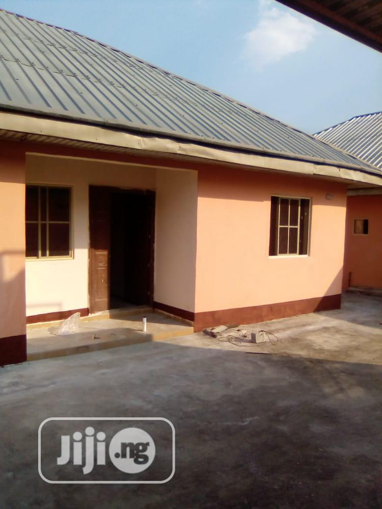 One Bedroom Apartments With Visitor's Toilet