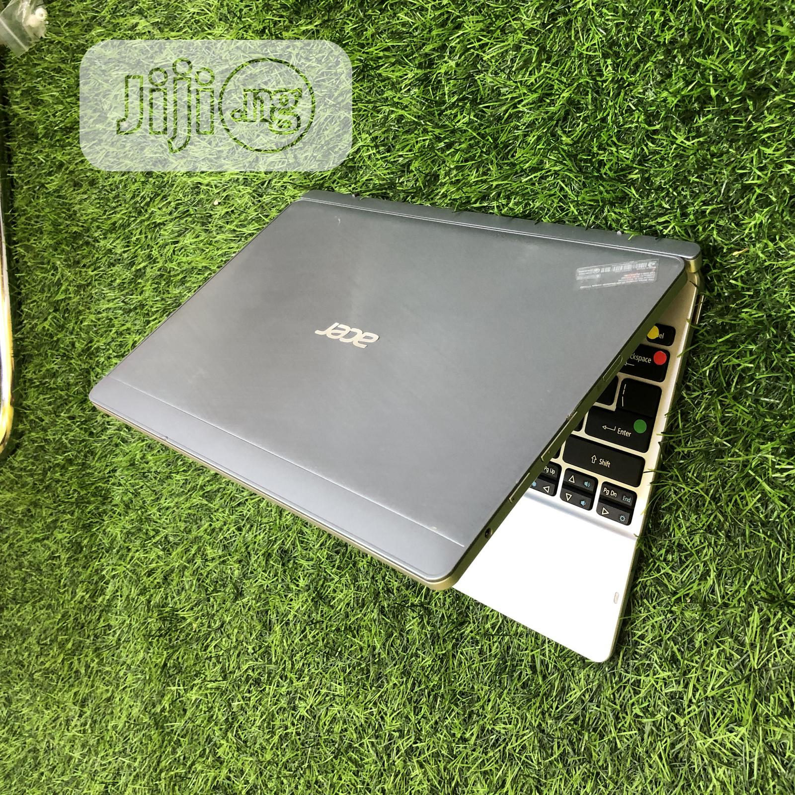 Laptop Acer Switch 10 SW5 015 2GB Intel SSHD (Hybrid) 60GB