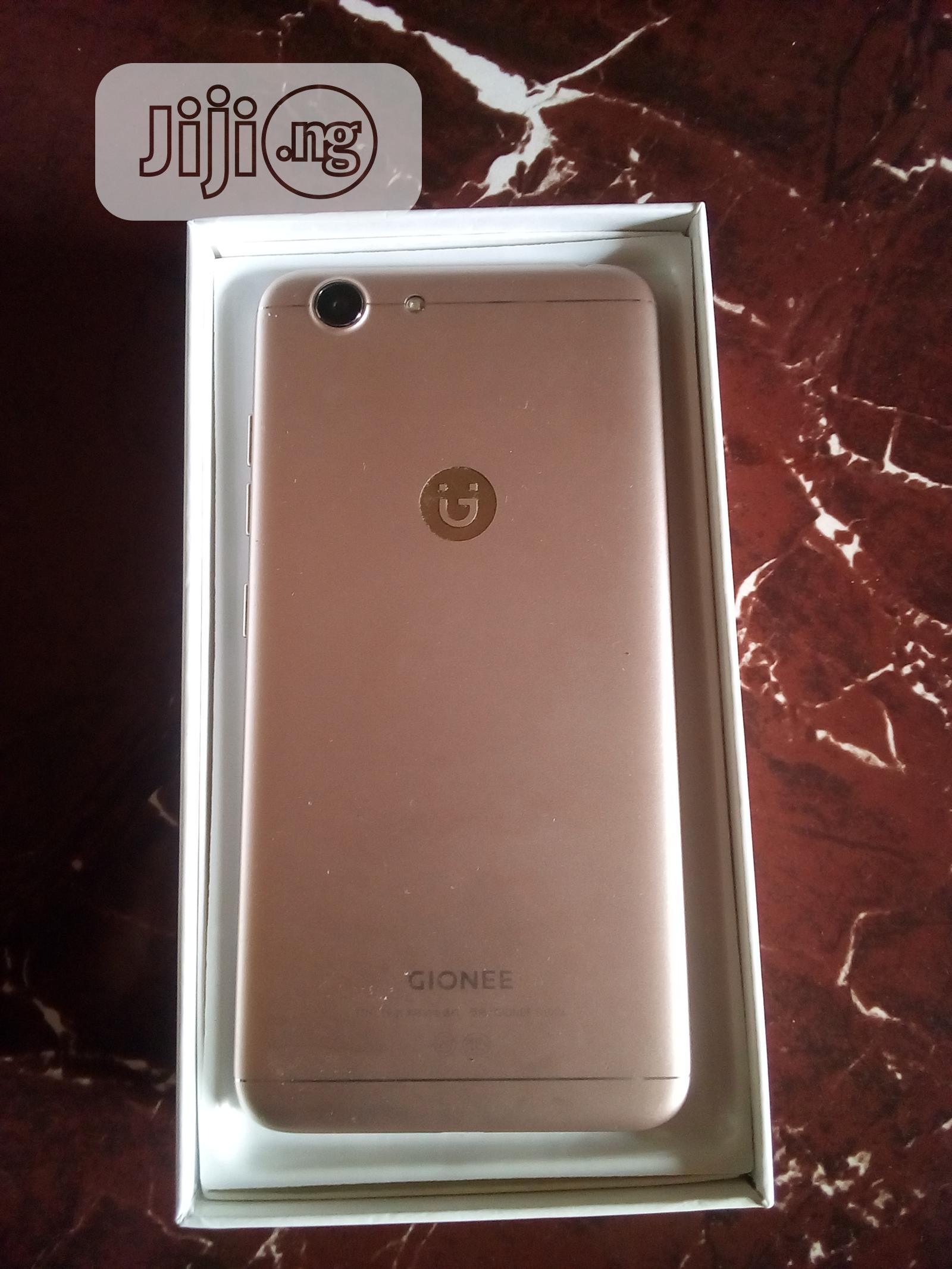 Archive: New Gionee S10 Lite 32 GB Gold