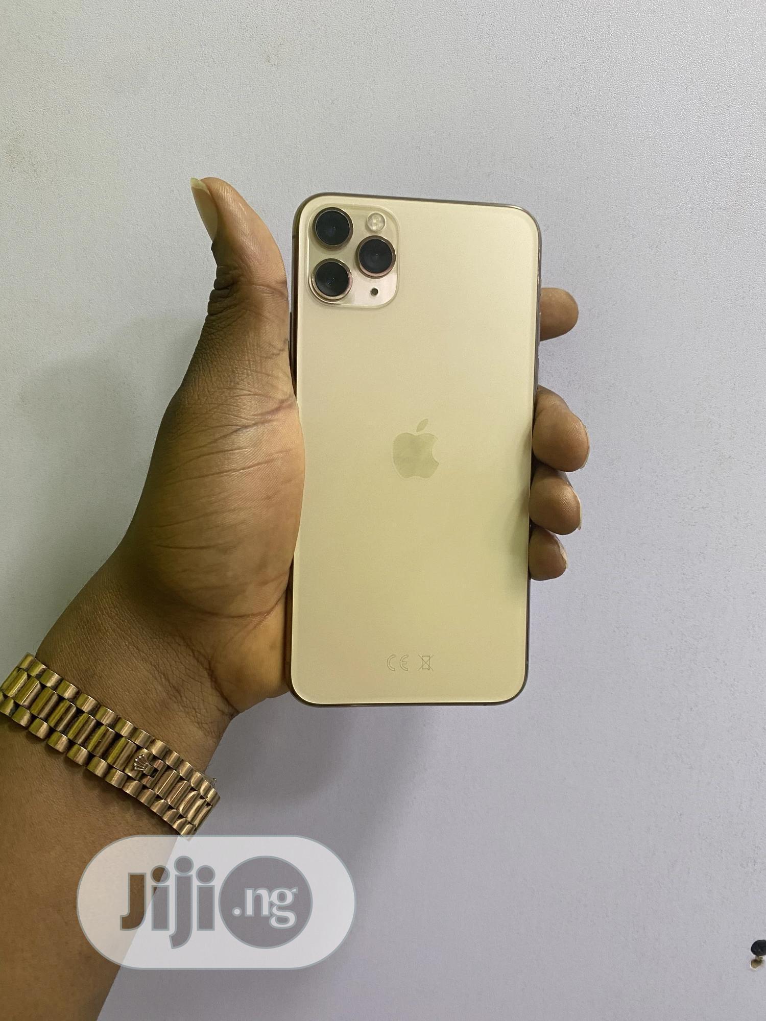 Apple iPhone 11 Pro Max 64 GB Green