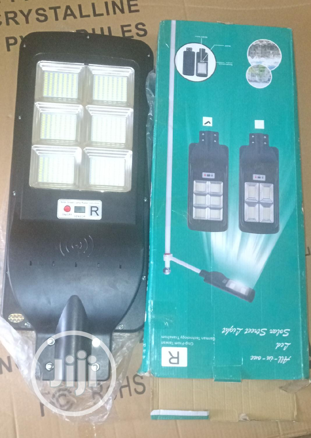 Archive: 200w All In One Solar Lights