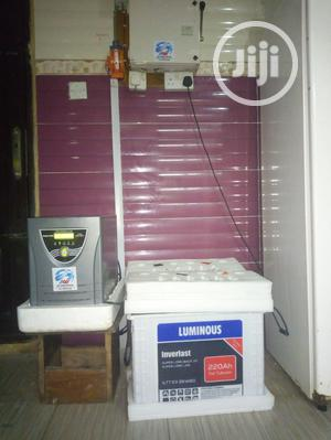 2.5 Kva Indian Inverter and 220ah Battery   Solar Energy for sale in Lagos State, Mushin