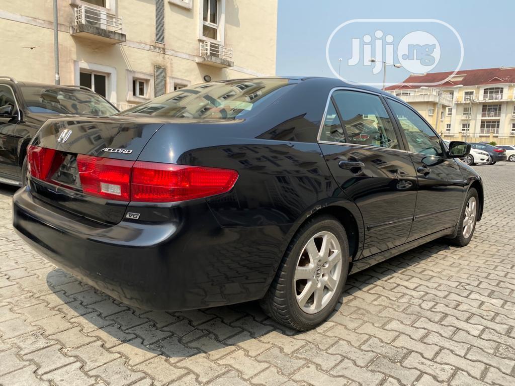 Archive: Honda Accord 2005 Sedan LX Automatic Black