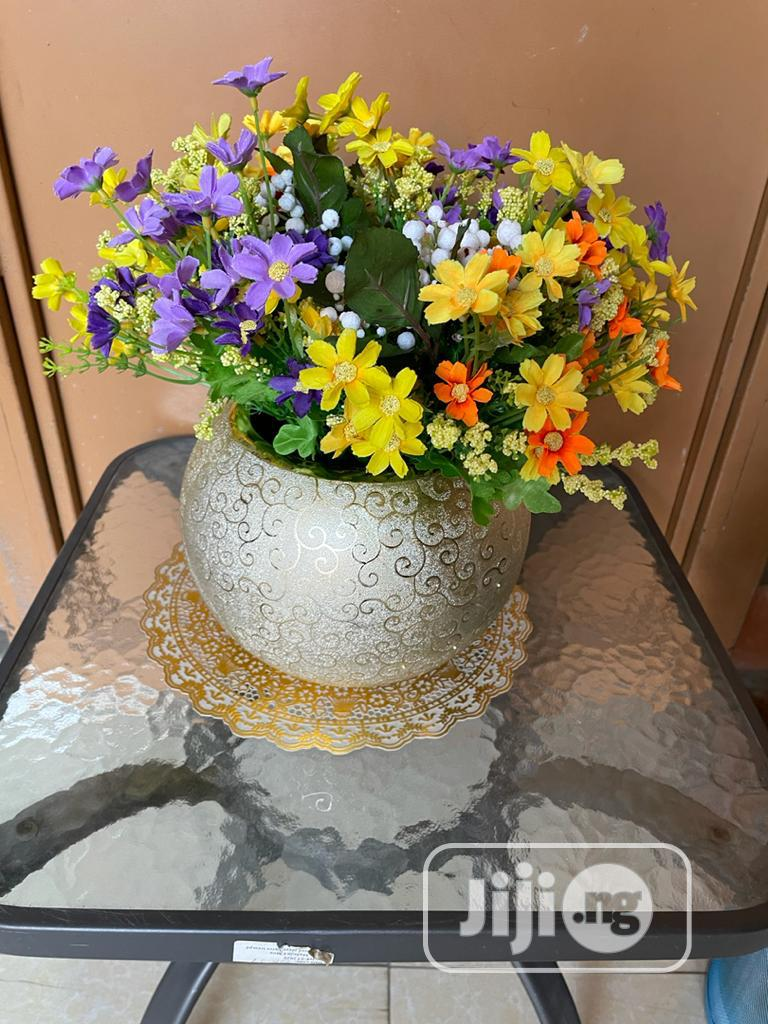 Beautiful Flower Vase With Flowers | Home Accessories for sale in Garki 1, Abuja (FCT) State, Nigeria