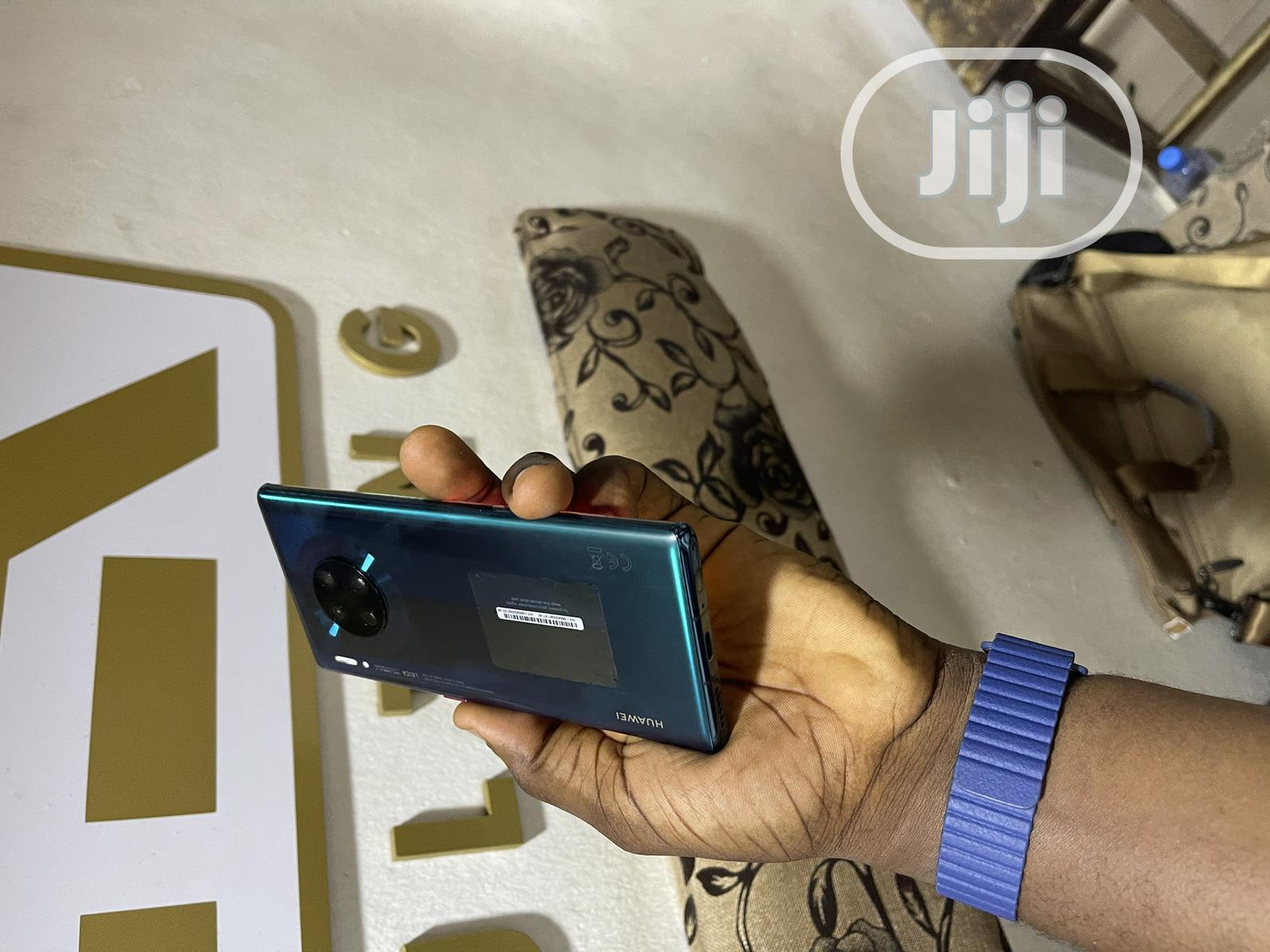 Archive: Huawei Mate 30 Pro 5G 256 GB Green