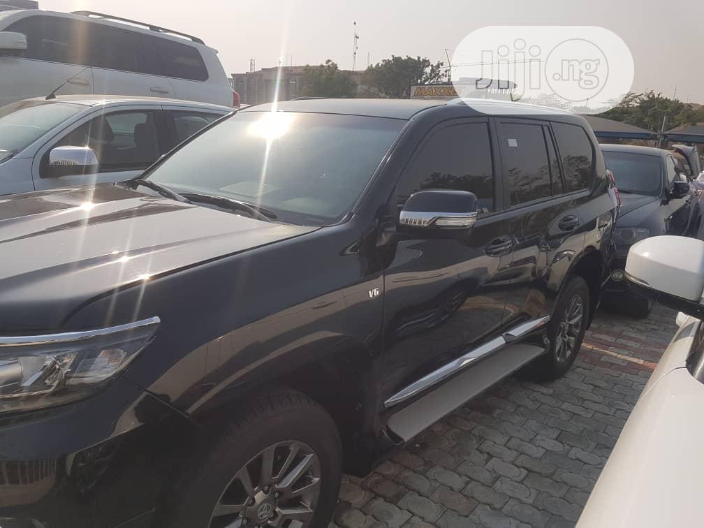Archive: Toyota Land Cruiser Prado 2019 Black