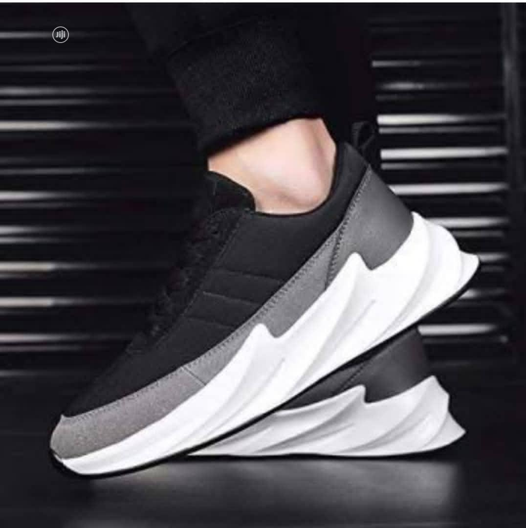 Adidas Sneakers   Shoes for sale in Ibadan, Oyo State, Nigeria
