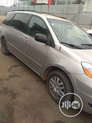Toyota Sienna 2008 LE Silver   Cars for sale in Lagos State, Yaba