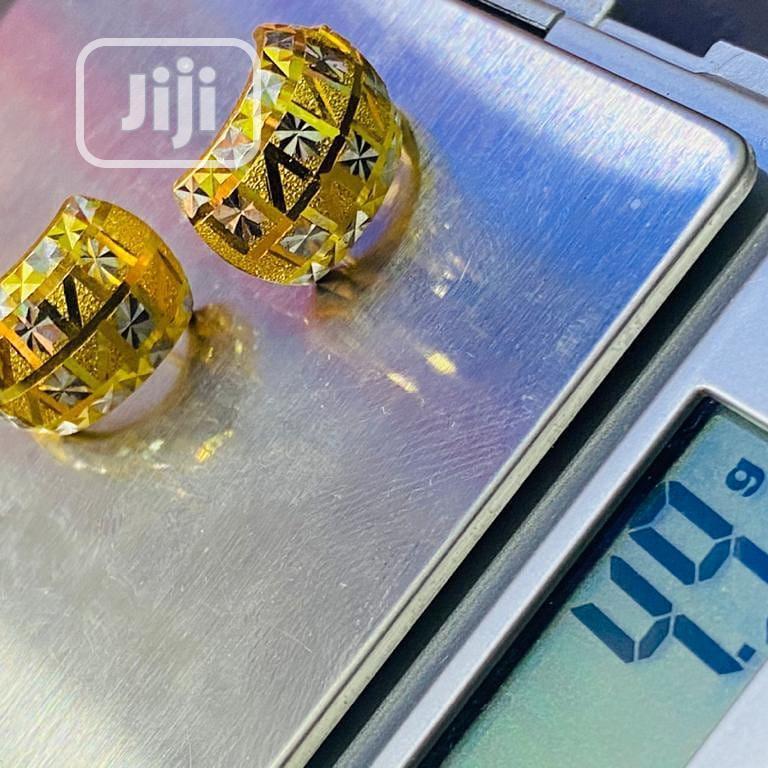 18karat Golden Clips And Pins Earring